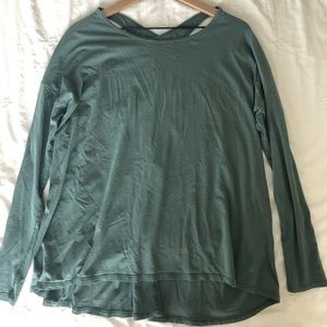 Lululemon open back long sleeve shirt